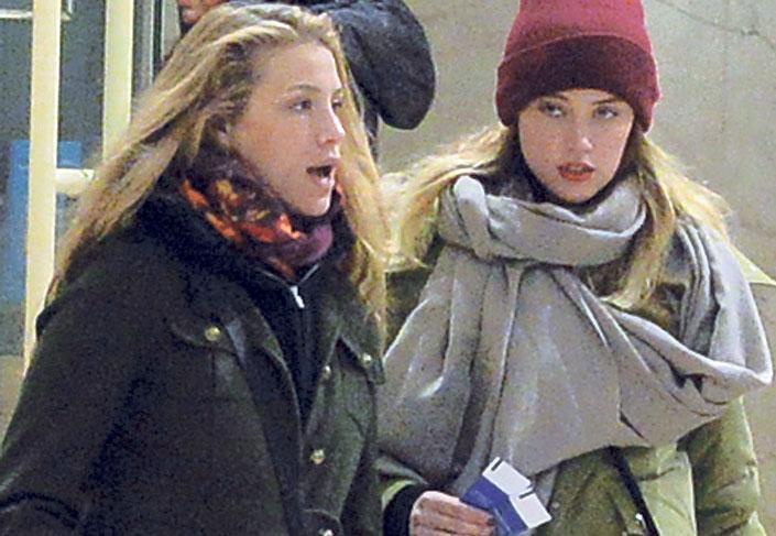 Amber Heard dobta Johnny Deppet a volt francia miniszterelnök lányáért, Marie-ért