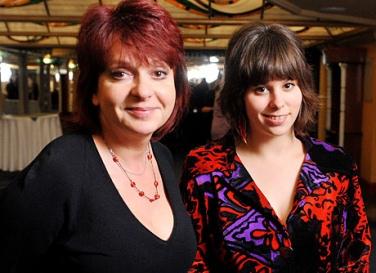 Hernádi Judit lányával, Zsófival fog fellépni a péntek esti Voice-ban