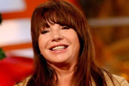 Abonyi Mónika azt állítja, Zalatnay Sarolta kétmillió forintot csalt ki tőle - az énekesnő akár három évre is hűvösre kerülhet